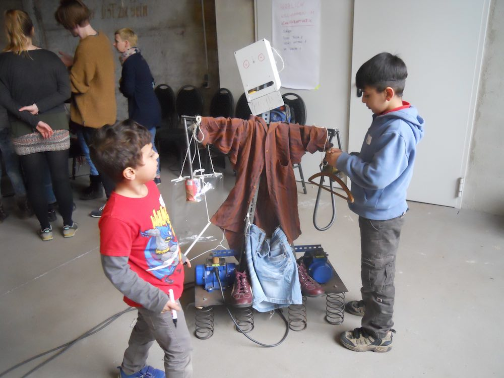 "Workshop ""Vibration Motor"", KKW, Leipzig"